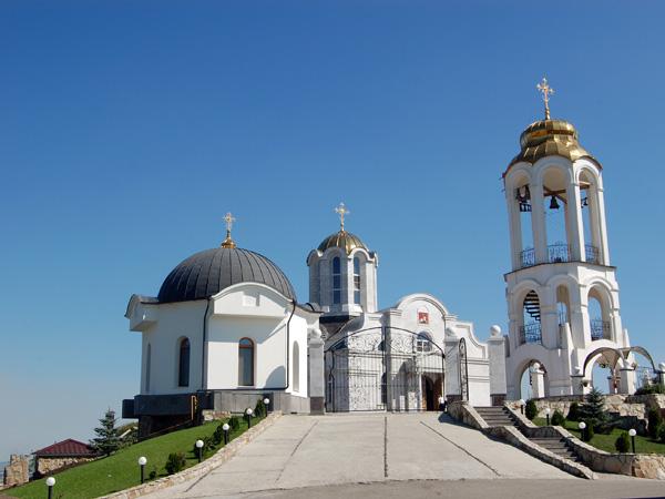 экскурсия по монастырям